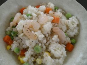 海老とミックスベジタブルの炒飯