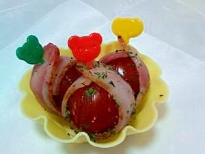 お弁当の隙間に☆トマトのベーコン巻き
