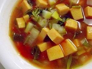 高野豆腐と大根とほうれん草のトマトスープ♪