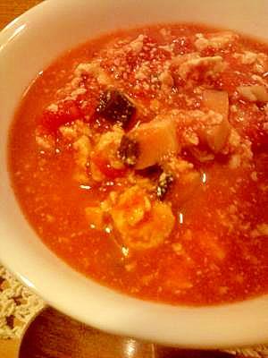 簡単!花粉症にも♪トマトとお豆腐の生姜スープ