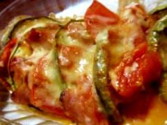 とっても簡単!茄子とトマトの重ねチーズ焼き♪