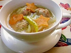 肉団子入り中華風スープ