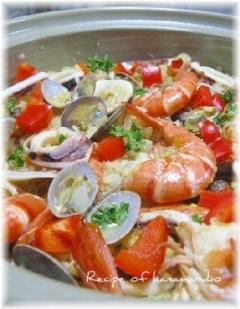 土鍋でパエリア・ご飯もふっくらおもてなしに♪