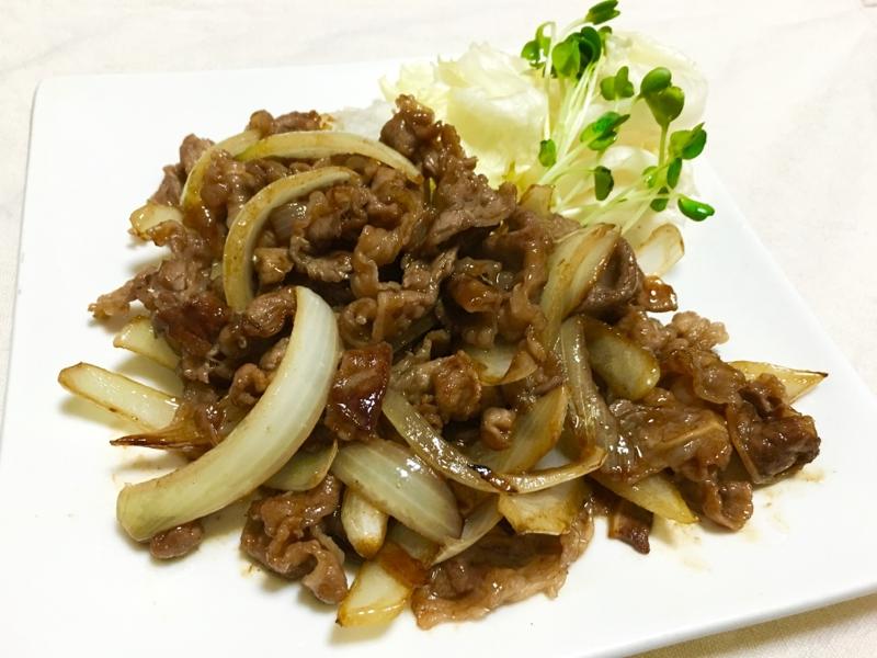 簡単ご飯が進む♪牛バラ肉と玉ねぎの焼肉たれ炒め♡ レシピ・作り方 by *kuuuma*|楽天レシピ