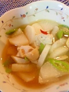 レンジで6分!大根と鶏肉の塩麹ピリカラスープ煮
