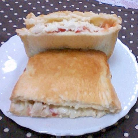 鶏とトマトのサンドウィッチ