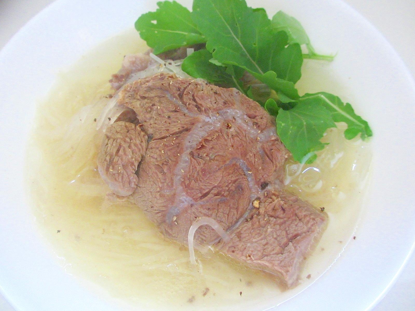 牛すね肉と大根のスープ