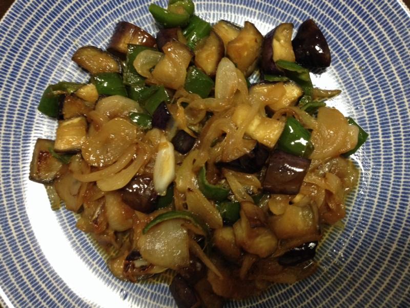 忙しい夕食に☆ナス・ピーマン・玉ねぎの味噌炒め