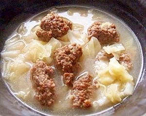 肉団子とキャベツの中華スープ