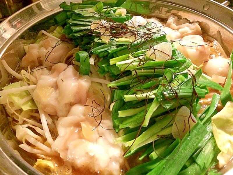 ぷりっぷりのモツがたっぷりなもつ鍋☆ レシピ・作り方