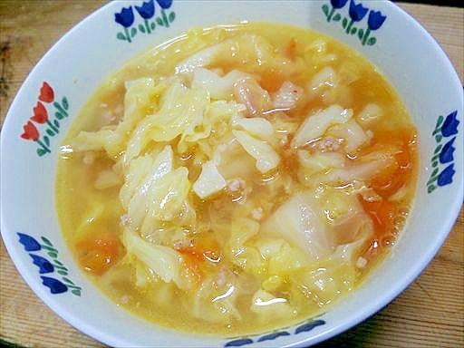 キャベツトマト豚ひき肉の煮込み/ちょいピリ