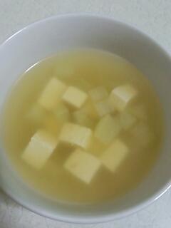 大根と豆腐のダシダスープ