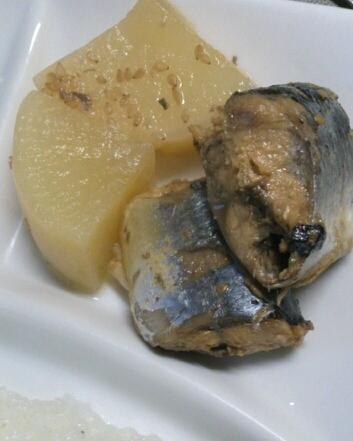 圧力鍋で☆秋刀魚のごま味噌煮