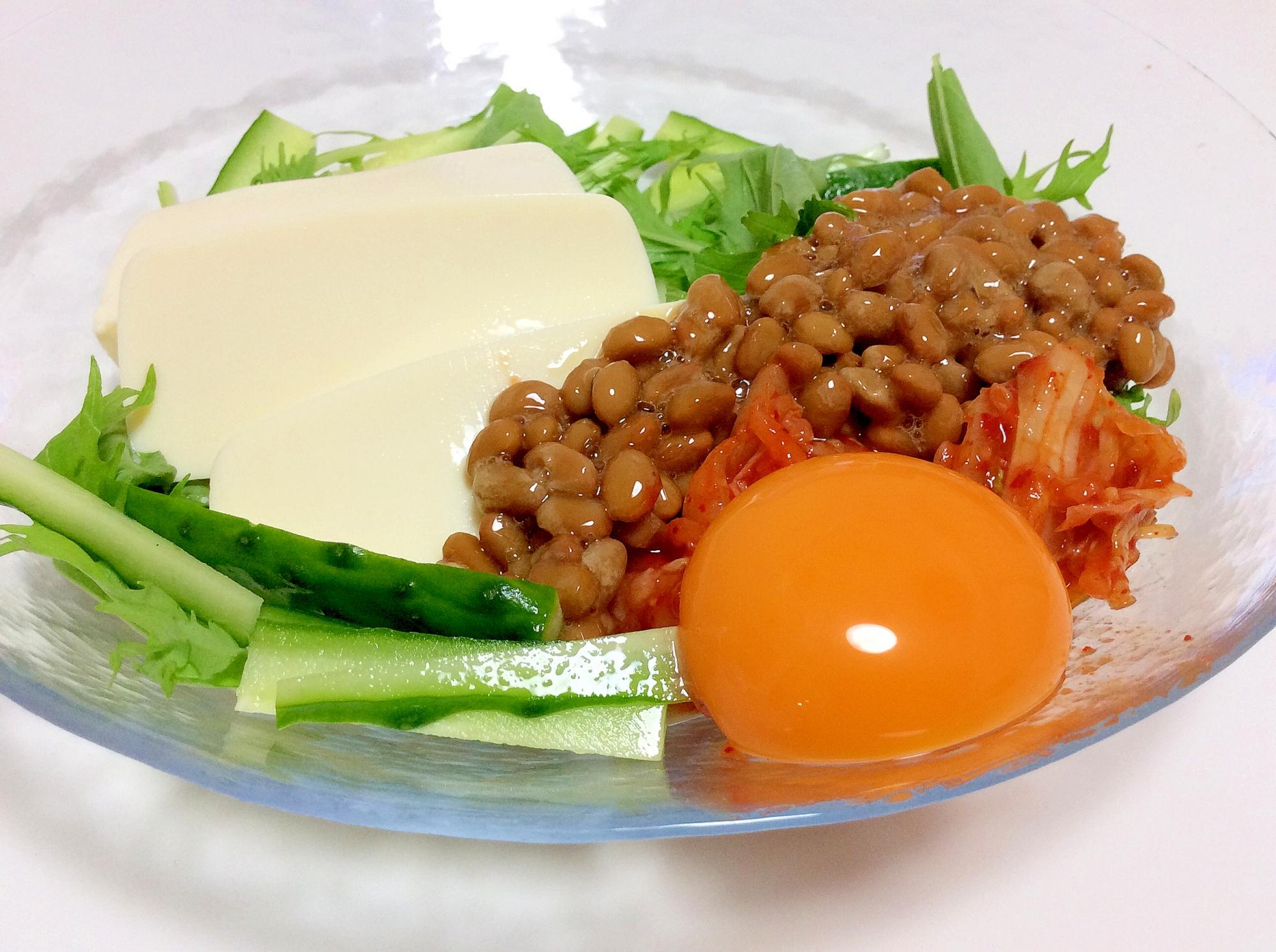 満腹ダイエット食♡亜麻仁油使用♡納豆と豆腐のサラダ