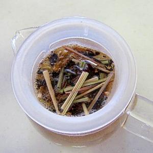レモングラスローゼルマンゴー紅茶