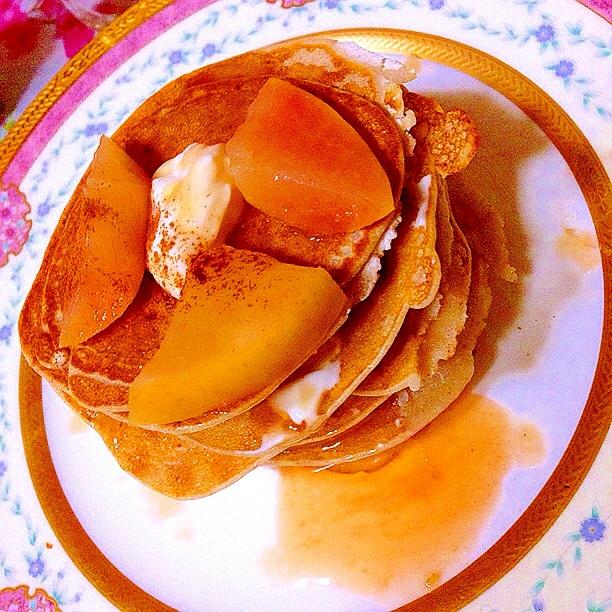 林檎とヨーグルトのミルフィーユ風ガレット