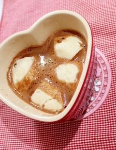 【糖質制限】低糖白餡で♪豆腐餅入りチョコぜんざい