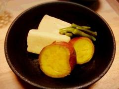 簡単! * 高野豆腐とサツマイモの煮物 *