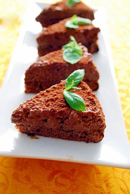 おもてなしにも贈り物にもチョコムースケーキ