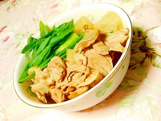 ウェイパーde豚肉と葱と大根の煮物