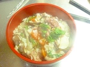 ダッチオーブンの炊き込みご飯