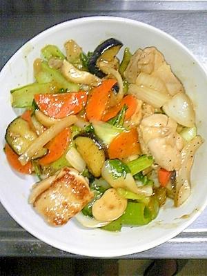 野菜たっぷり☆ゴマ風味のちんげんさいと鶏肉の中華丼