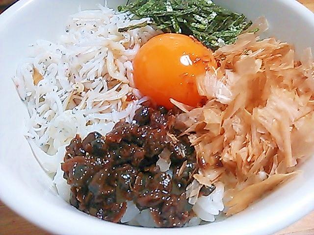 しらすとしぐれ煮の卵かけご飯(^^)