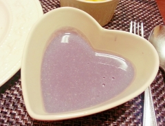 * 紫キャベツ(キャベツ)のポタージュスープ *
