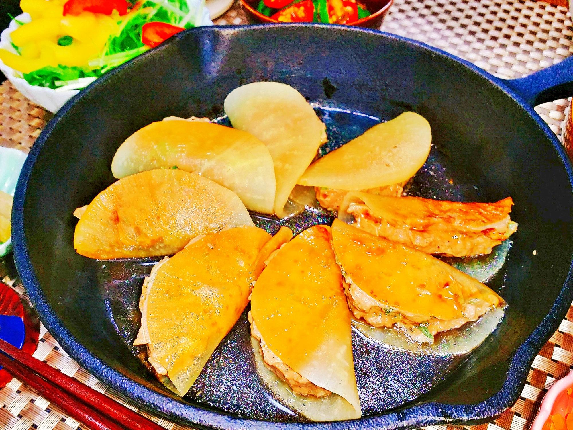 1. 鶏ひき肉の大根餃子