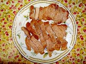 給料日前の肉料理☆ポークステーキ