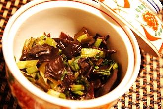 ご飯が進む常備菜、蕪の葉ときくらげの佃煮