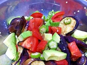 簡単3色サラダ