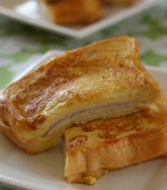 チーズとハムのフレンチトースト