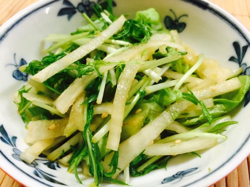 4.サラダ菜と水菜の大根サラダ