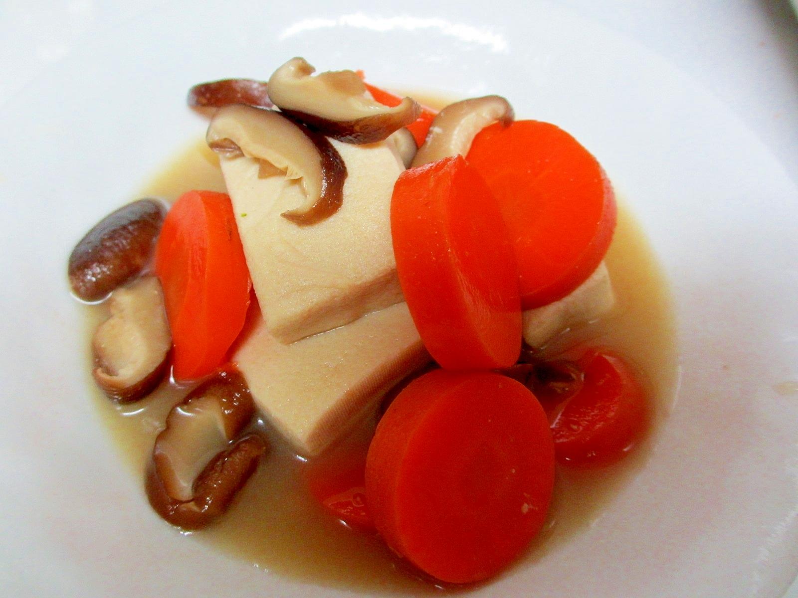 にんじん、高野、椎茸煮