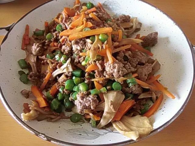 ひき肉とたっぷり野菜の甘辛炒め