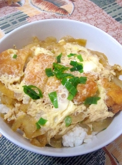 白身魚フライの卵とじ丼