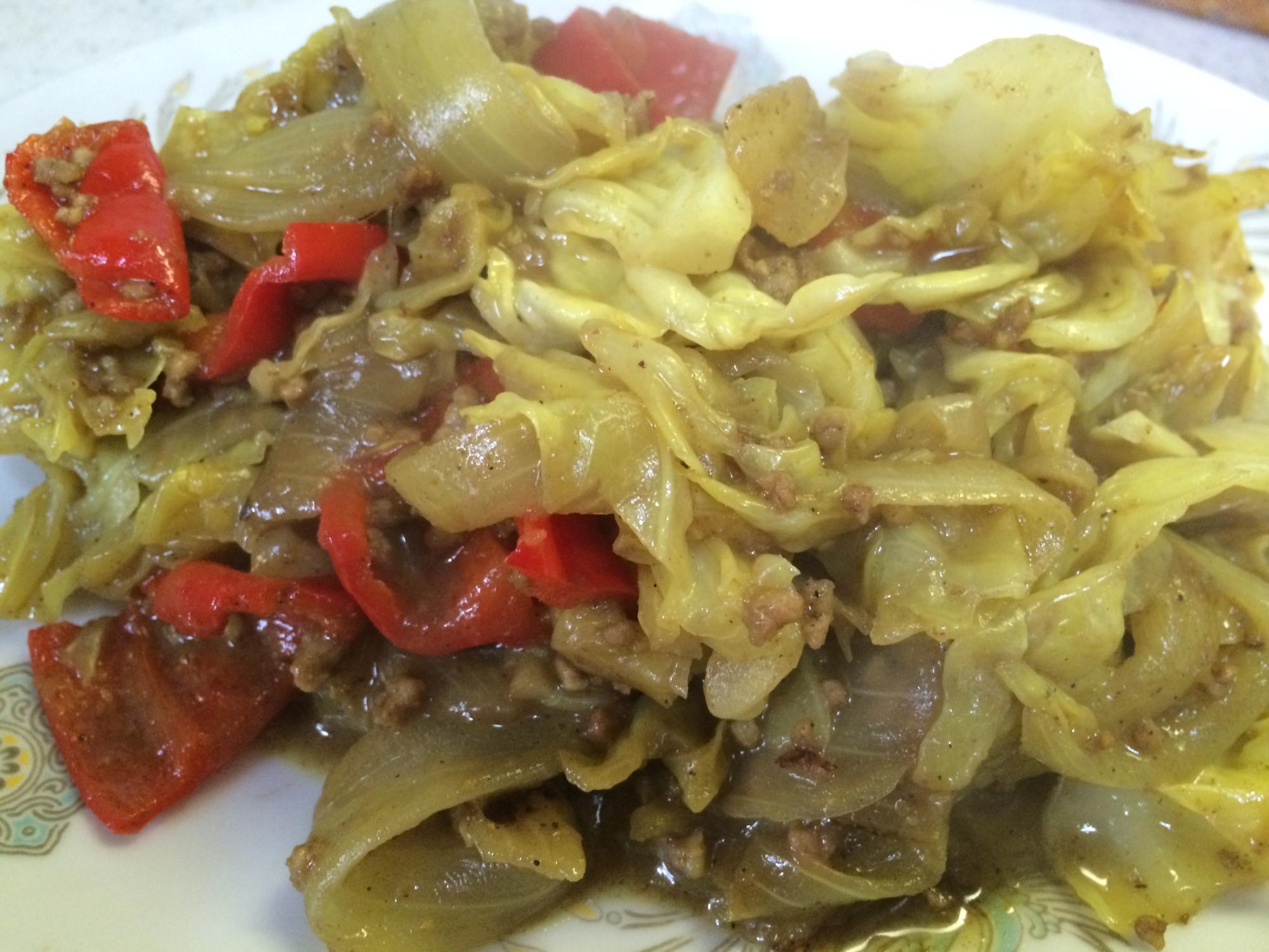 キャベツの豚挽肉蒸しカレー風味