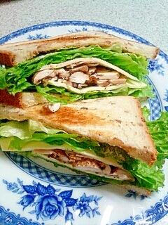 シンプルがおいしい☆マッシュルーム・サンドイッチ