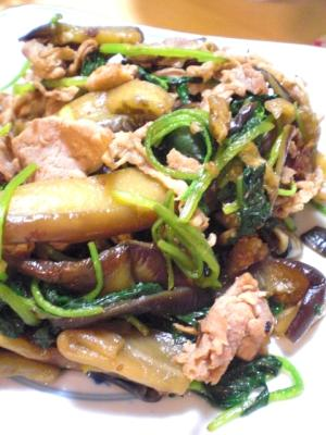 なすと豚肉と三つ葉の麺つゆ炒め