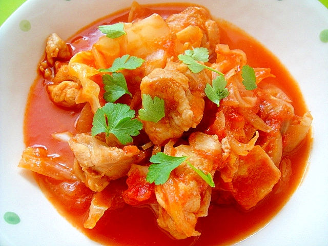 2. キャベツと鶏肉のトマト煮