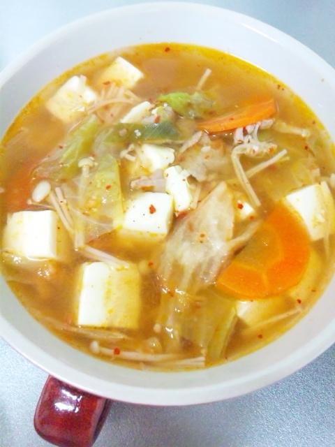 2. キャベツ入りキムチスープ