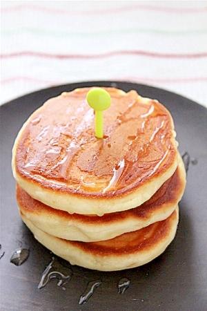 HKMでヨーグルトのふわふわパンケーキ レシピ・作り方 by raku*mama|楽天レシピ