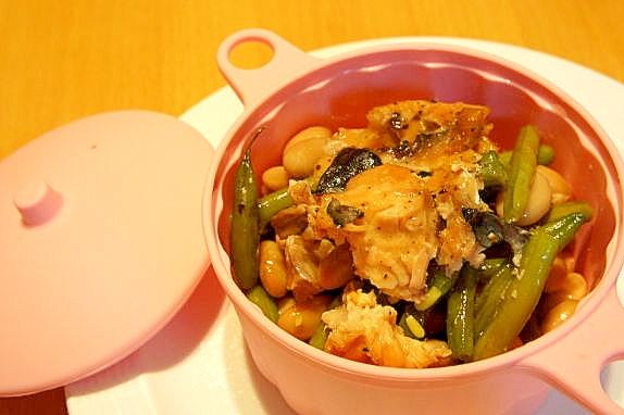 8.いんげんとサーモンの簡単蒸し煮