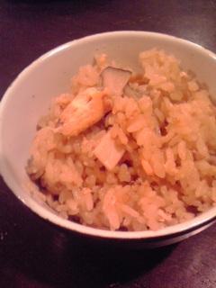 ストウブで作る☆鮭とキノコの炊き込みご飯