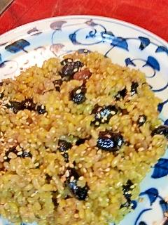 肝臓をいたわる玄米と黒豆のおこわ