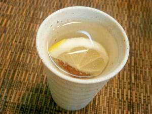 梅とレモンの焼酎お湯割り レシピ・作り方 by なな1151|楽天レシピ