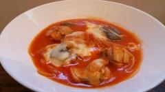 水、小麦粉、トマト缶不使用のチキントマト煮込み
