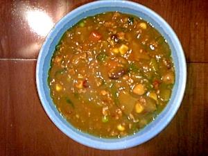 グリーン野菜と豆のキーマカレー