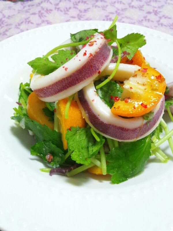 きんかんとスルメイカのサラダ